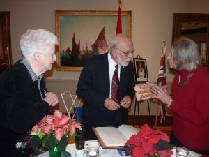 Margo and Lillian chat with Dr. Ferns after his dramatic reading in December 2016